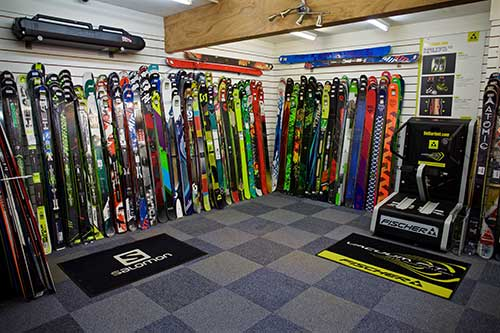 The Largest Range of Skis in the UK
